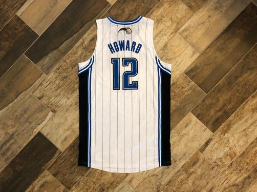1011-DwightHowardMagic-01