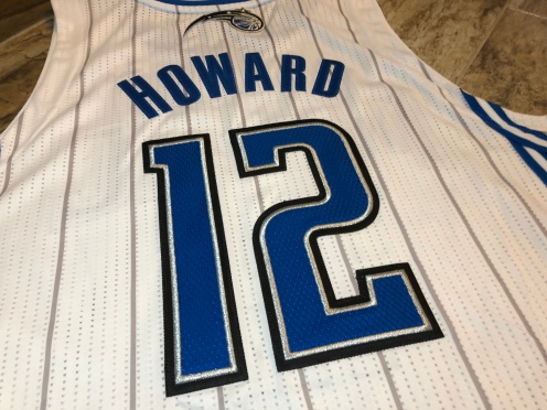 1011-DwightHowardMagic-08
